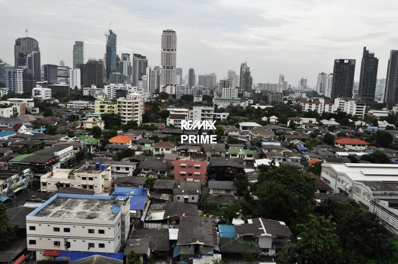 RE/MAX PRIME Agency's For Sale Baan Sukhumvit 19