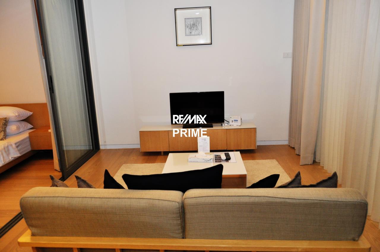 RE/MAX PRIME Agency's For Sale Siamese Gioia 1