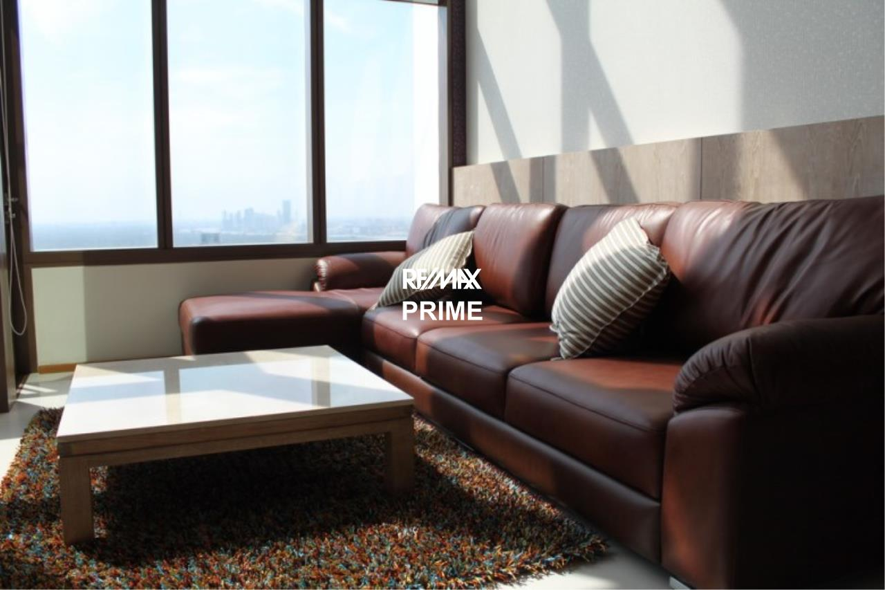 RE/MAX PRIME Agency's For Rent Emporio Place 2