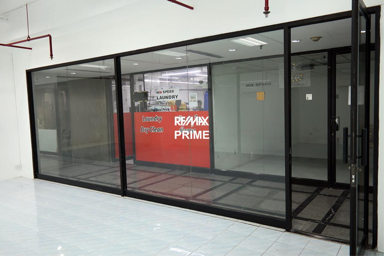 RE/MAX PRIME Agency's Retail / Office Space for Rent Sukhumvit Suite 8