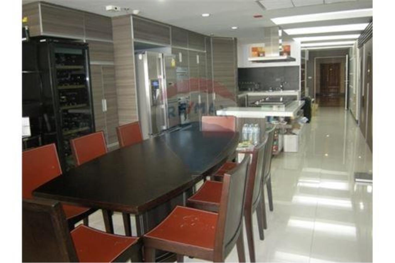 RE/MAX PRIME Agency's The Most Beautiful Unit At Las Colinas, For Sale 2