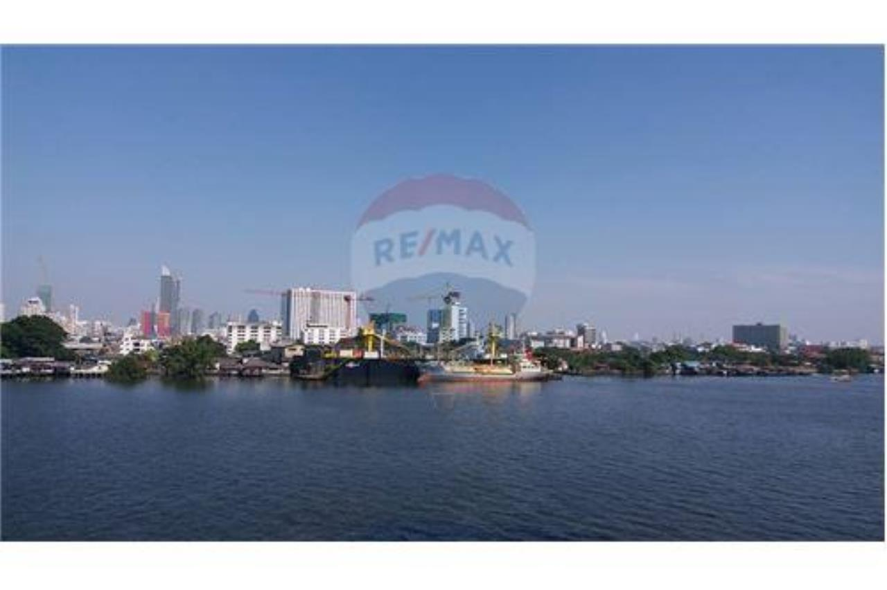 RE/MAX PRIME Agency's Elegant Condo  2 Bedrooms, River Side, For Rent 16