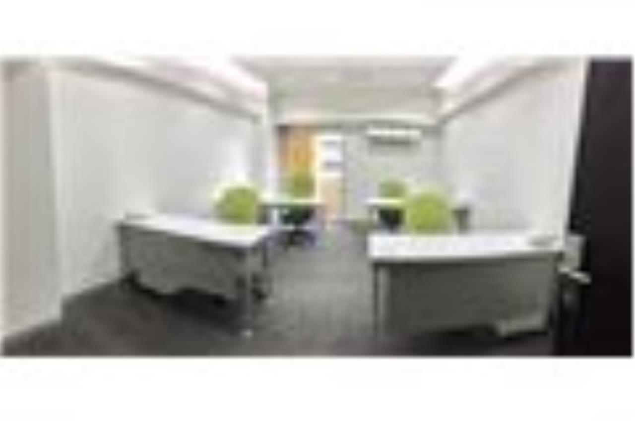 RE/MAX Professionals Agency's Service office: 30 Sqm 22k plus VAT 5