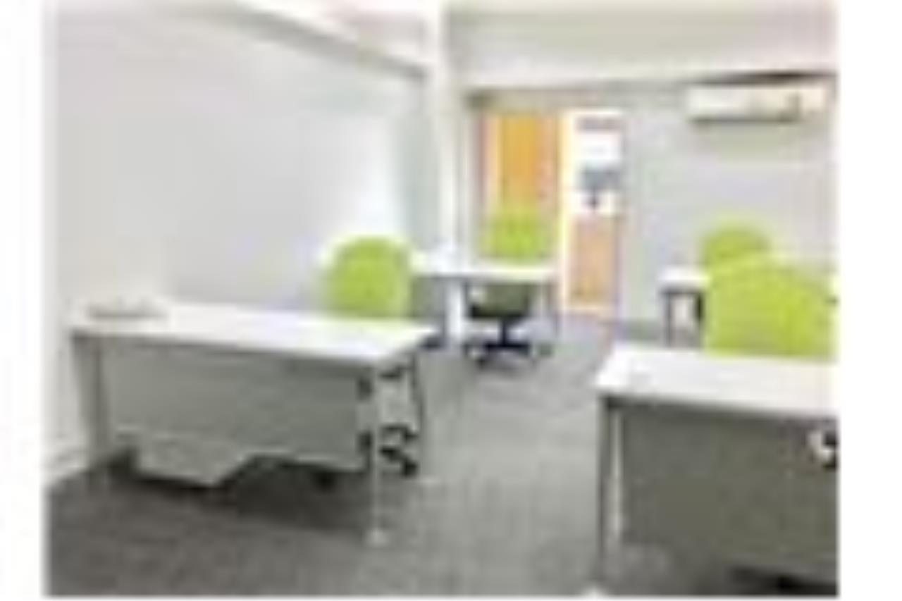 RE/MAX Professionals Agency's Service office: 30 Sqm 22k plus VAT 7