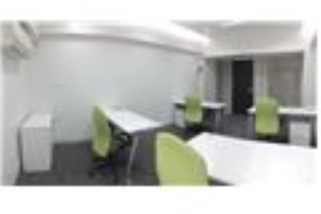 RE/MAX Professionals Agency's Service office: 30 Sqm 22k plus VAT 8