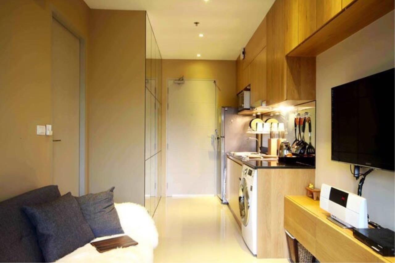 Agent - Prombood Agency's Sale - 1 Bedroom 35 sq.m. Ideo Blucove Sukhumvit near Udomsuk BTS Station 4