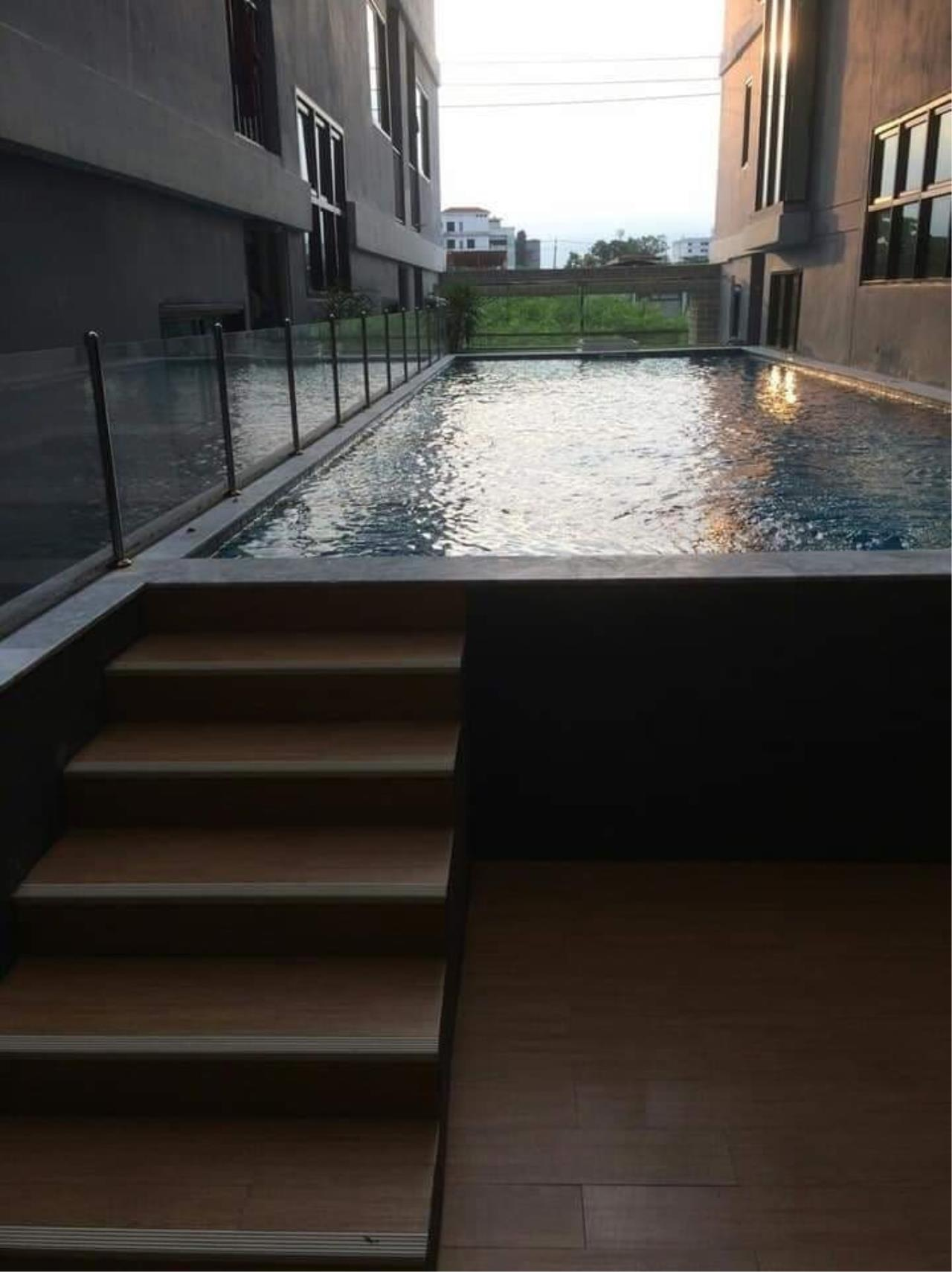 Agent - Prombood Agency's Sale - 1 Bedroom 28 sq.m. B Loft Sukhumvit 109 near Bearing BTS Station 23