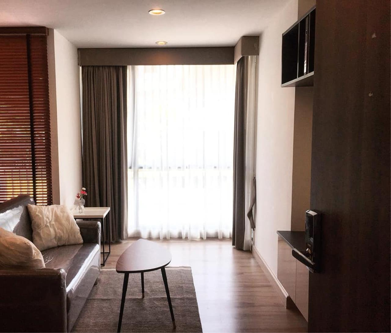 Agent - Prombood Agency's Sale - 1 Bedroom 36.5 sq.m. The Unique 19 near Ratchadapisek and Ladprao MRT Station 3