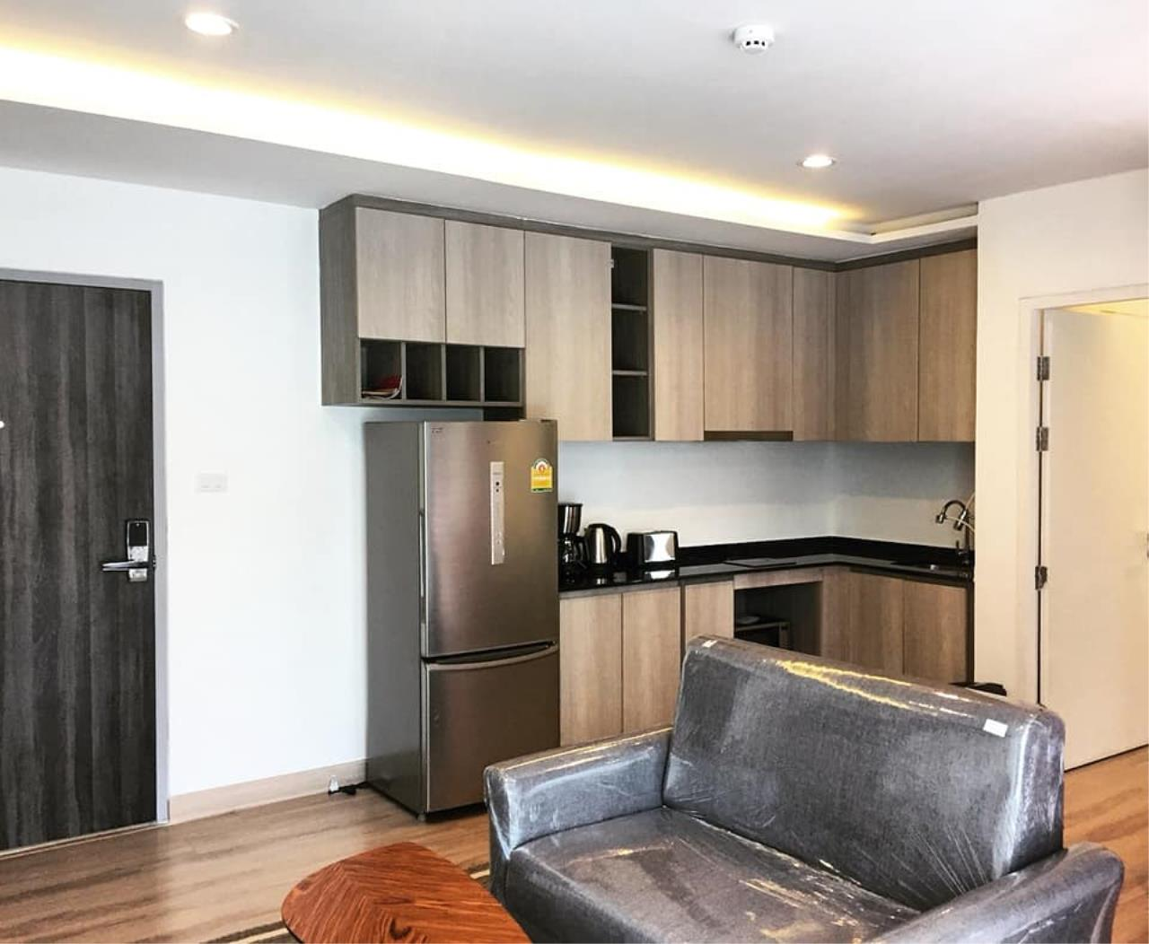 Agent - Prombood Agency's Sale - 1 Bedroom 36.5 sq.m. The Unique 19 near Ratchadapisek and Ladprao MRT Station 4