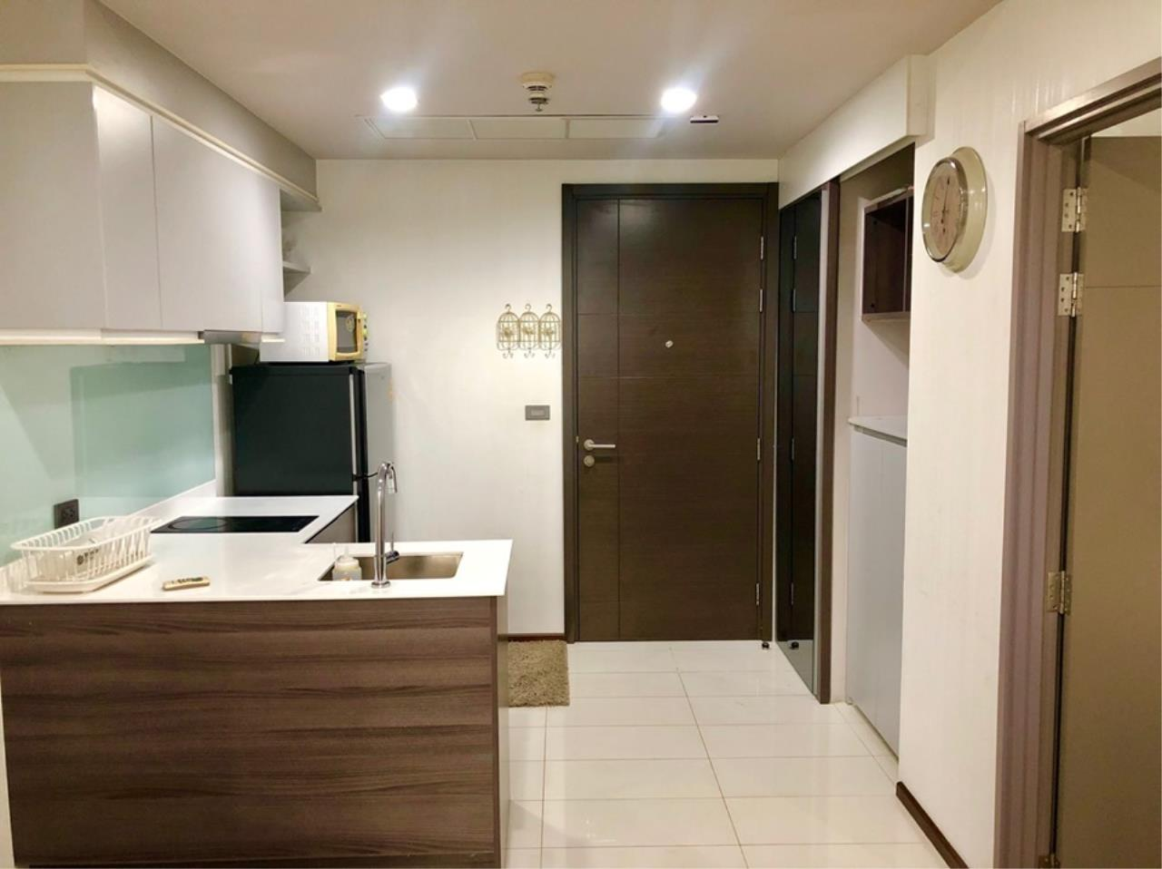 Agent - Prombood Agency's Sale with tenant - 1 Bedroom 35 sq.m. Ceil by Sansiri near Ekkamai BTS Station 18