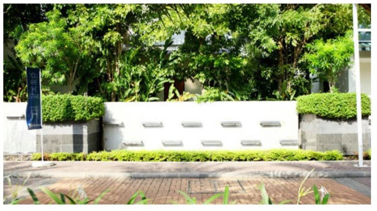 Agent - Natchga Boonkrong  Agency's House 5 Bedrooms for RENT in Suan Laung Phatthanakarn Bangkok 13