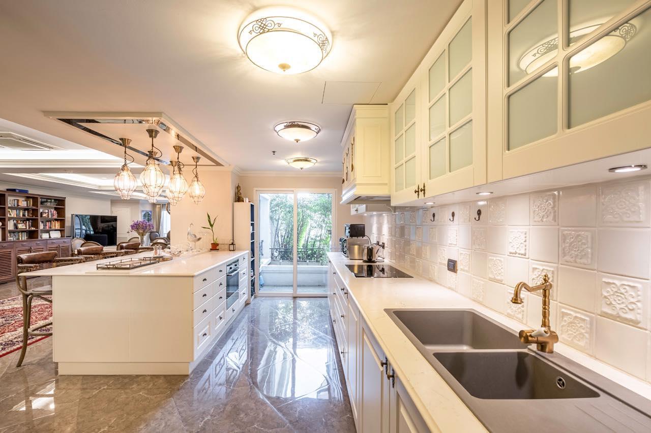 Agent - Natchga Boonkrong  Agency's For Rent La Vie En Rose 3 Bedrooms Luxury Decor Sukhumvit 36 1