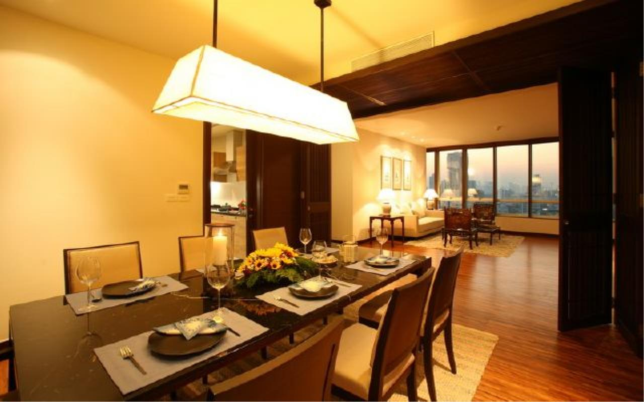 BKK Condos Agency's Luxury 3 bedroom for rent at Vasu The Residence 11