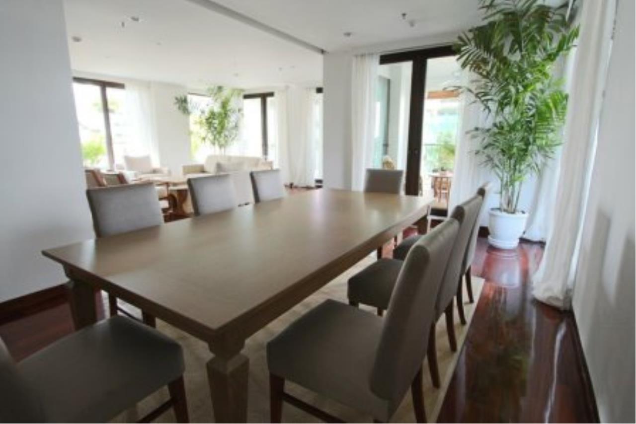 BKK Condos Agency's Fabulous 4 bedroom apartments for rental, 1 unit per floor, at Panburi, Silom 3