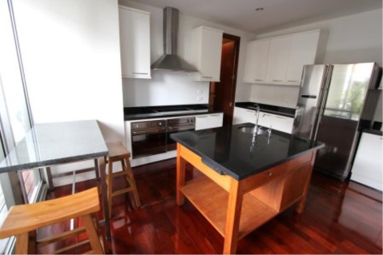 BKK Condos Agency's Fabulous 4 bedroom apartments for rental, 1 unit per floor, at Panburi, Silom 2