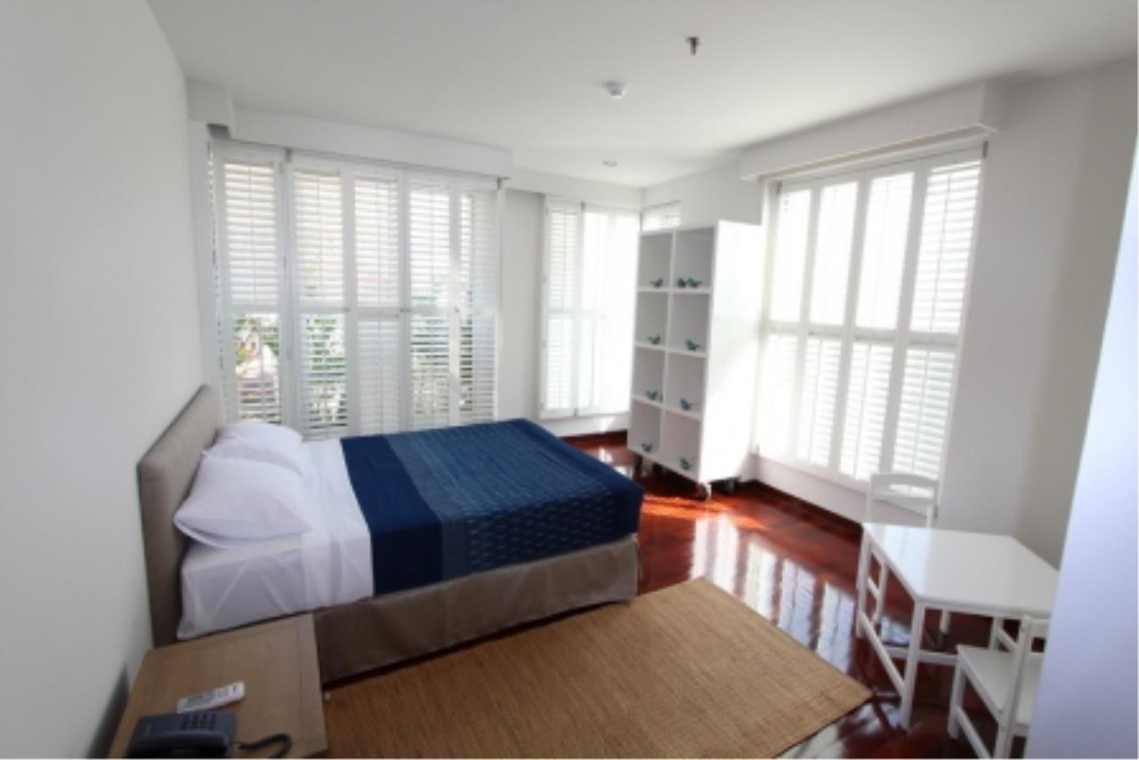 BKK Condos Agency's Fabulous 4 bedroom apartments for rental, 1 unit per floor, at Panburi, Silom 16