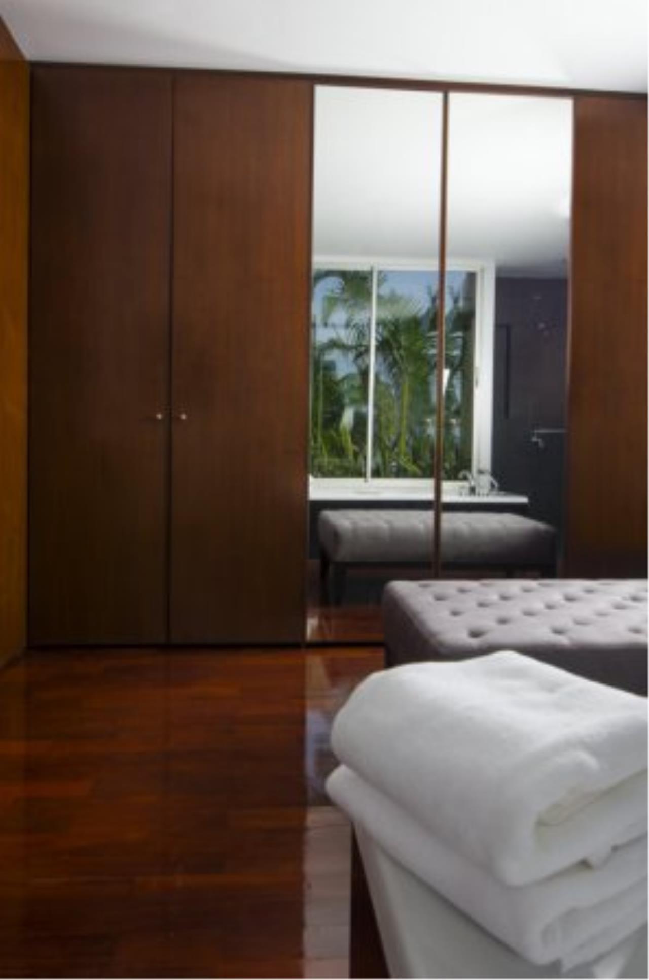 BKK Condos Agency's Fabulous 4 bedroom apartments for rental, 1 unit per floor, at Panburi, Silom 11
