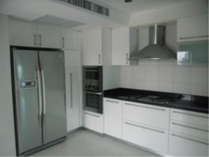 BKK Condos Agency's Great 3 bedroom condo for rent at GM Height  8