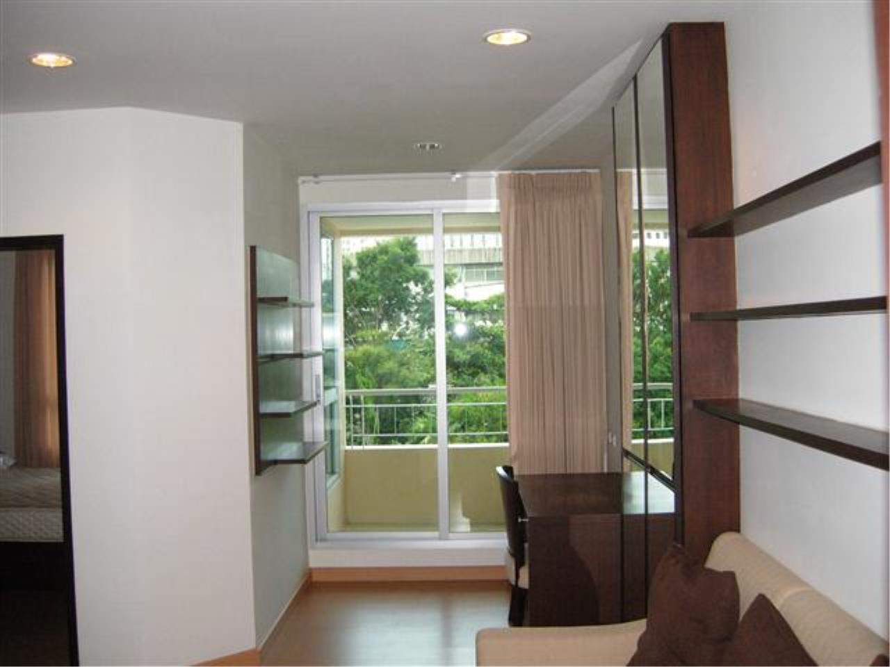 BKK Condos Agency's 1 bedroom condo at The Address 42 to rent 3