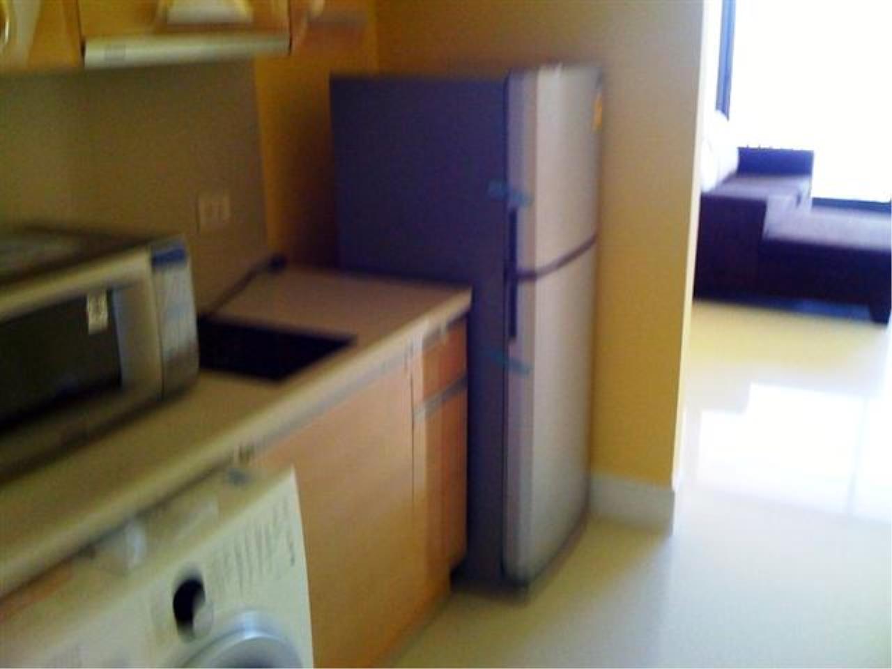 BKK Condos Agency's Sale: 1 bedroom 1 bathroom at the Aguston 4