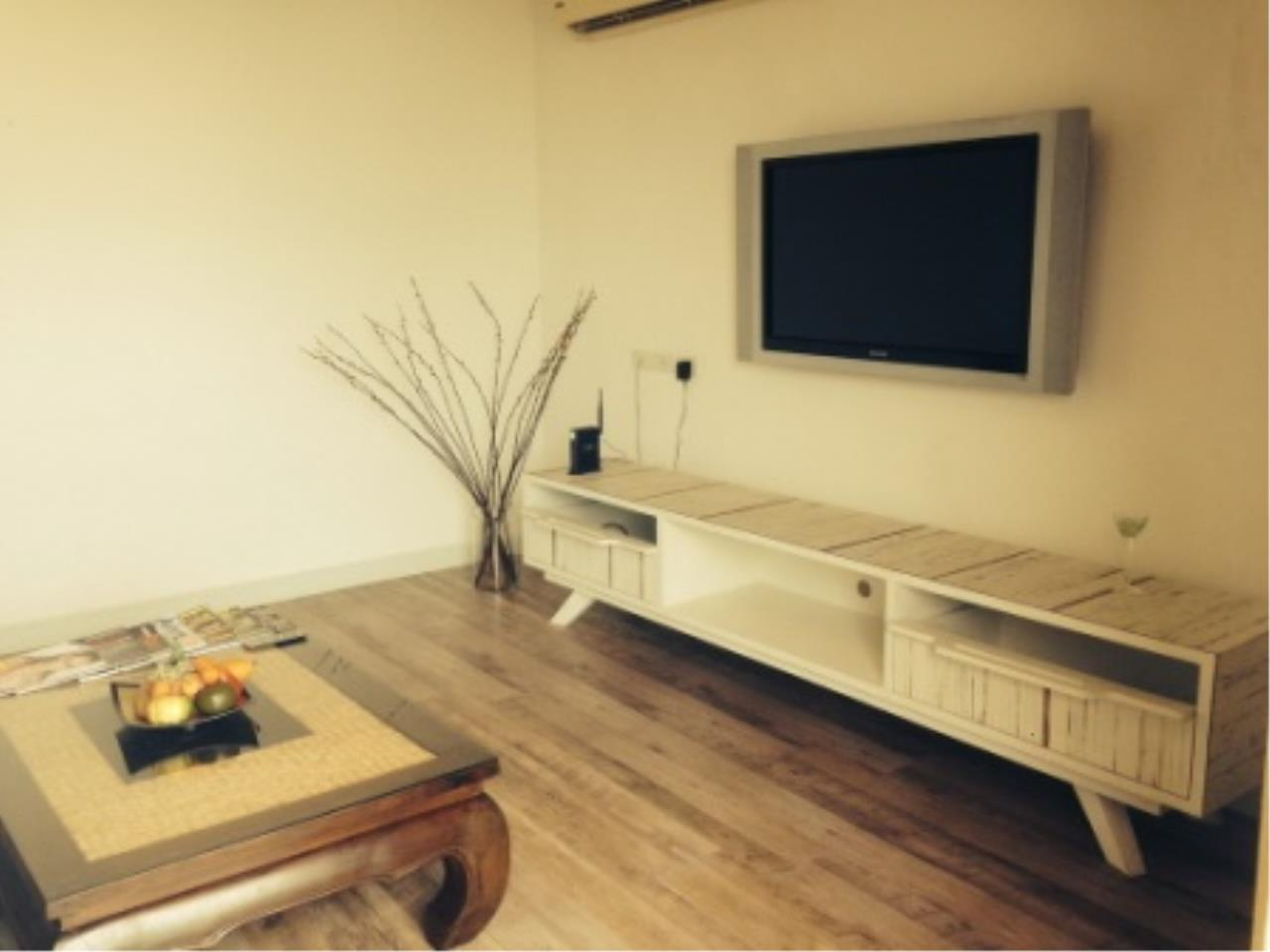 BKK Condos Agency's 3 bedroom condo for rent at Click Condo   Sukhumvit 65  1