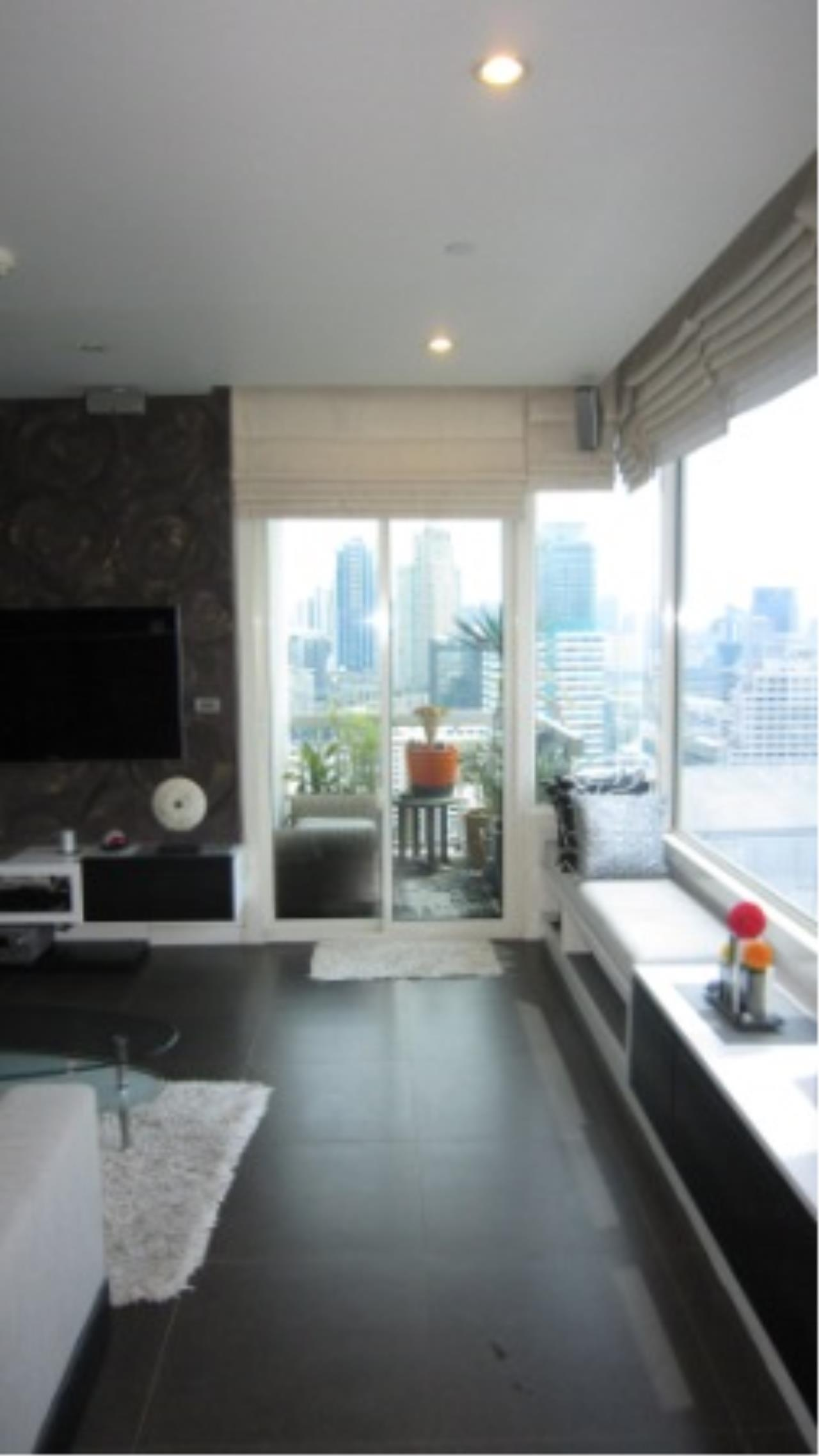 BKK Condos Agency's 2 bedroom condo for sale at Manhattan 13