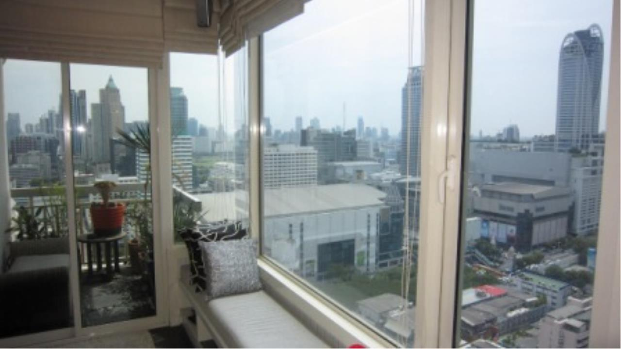 BKK Condos Agency's 2 bedroom condo for sale at Manhattan 12