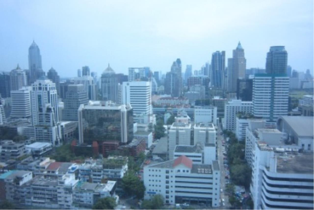 BKK Condos Agency's 2 bedroom condo for sale at Manhattan 9