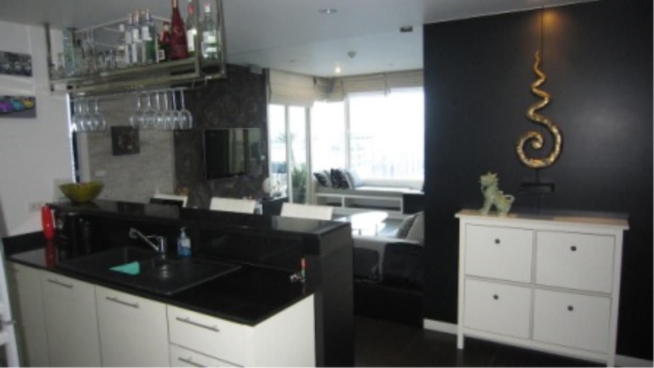 BKK Condos Agency's 2 bedroom condo for sale at Manhattan 8