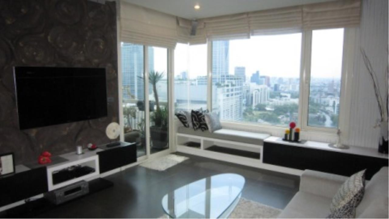 BKK Condos Agency's 2 bedroom condo for sale at Manhattan 6