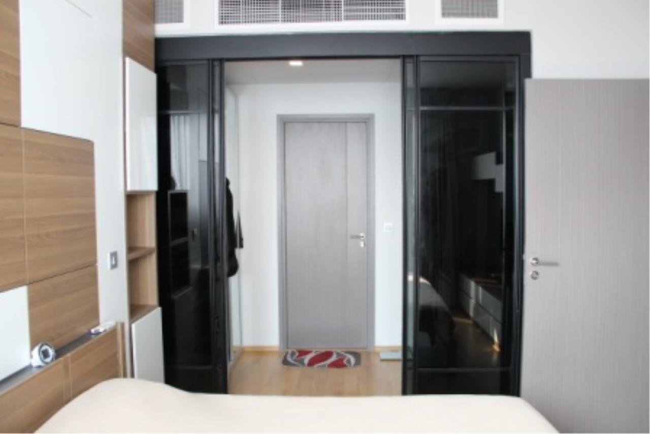 BKK Condos Agency's Very nice corner unit for rent or sale at Keyne By Sansiri  9