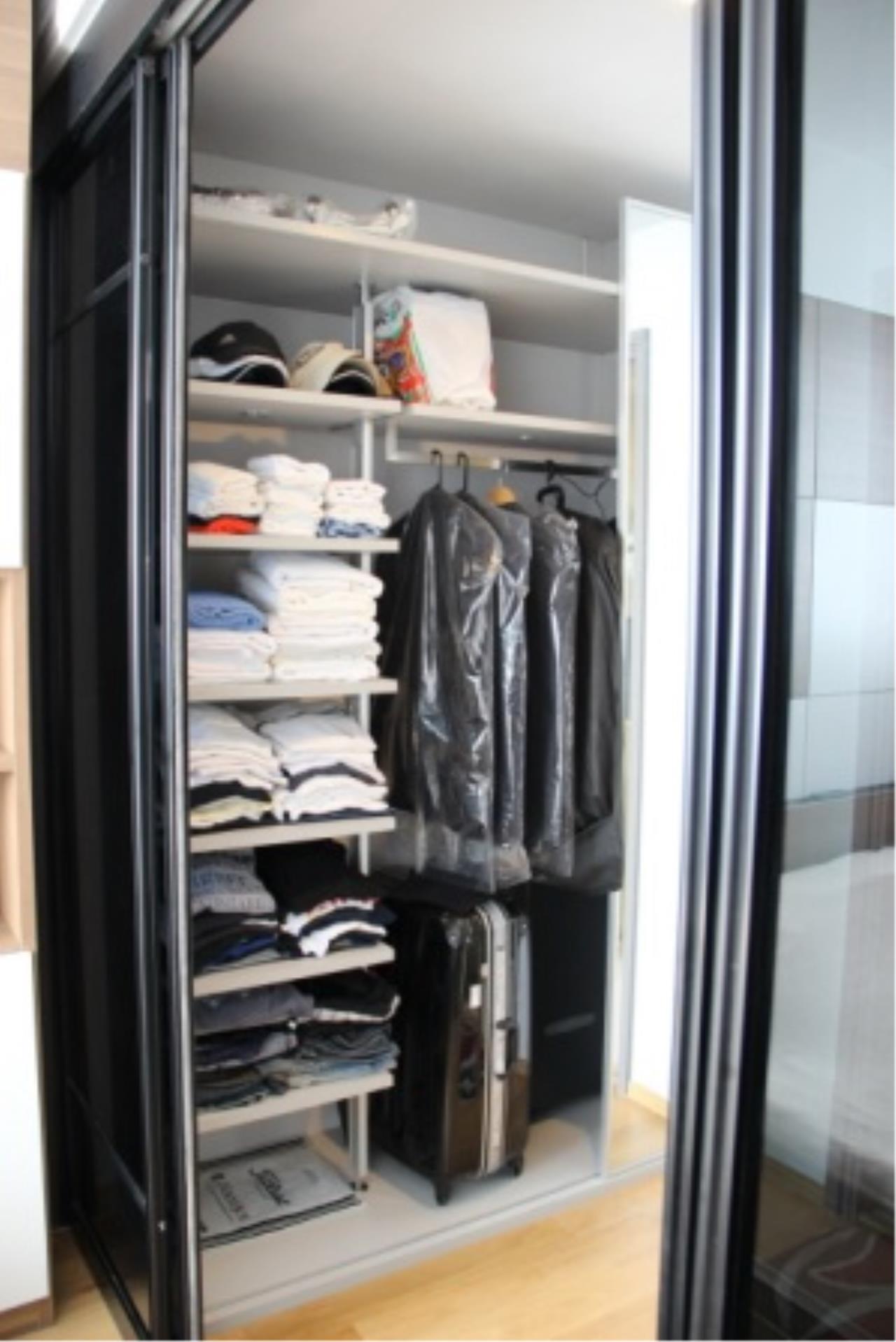 BKK Condos Agency's Very nice corner unit for rent or sale at Keyne By Sansiri  8