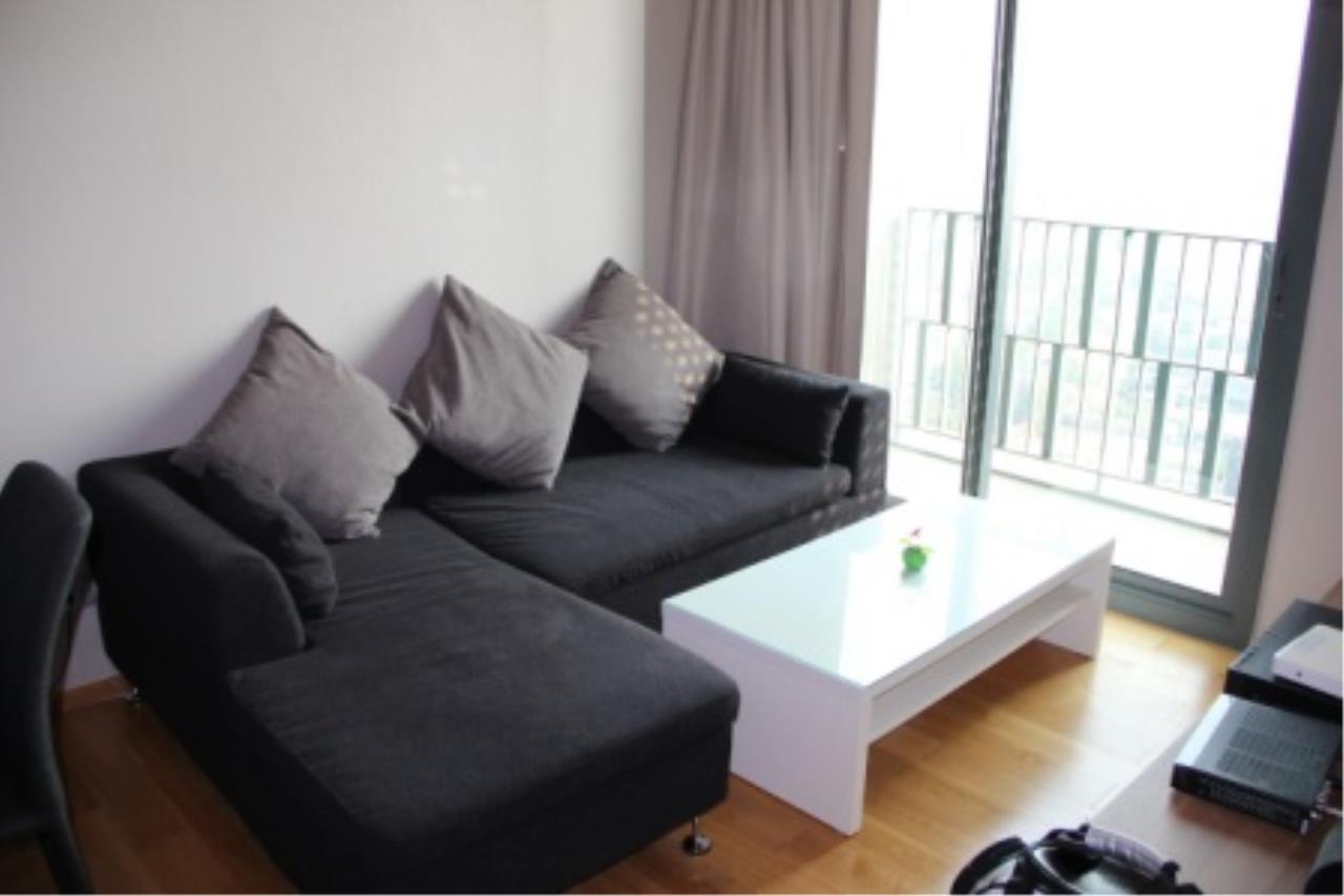 BKK Condos Agency's Very nice corner unit for rent or sale at Keyne By Sansiri  3