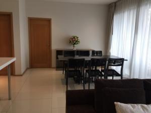 BKK Condos Agency's 2 bedroom condo for rent at The Emporio Place 6