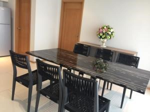 BKK Condos Agency's 2 bedroom condo for rent at The Emporio Place 5