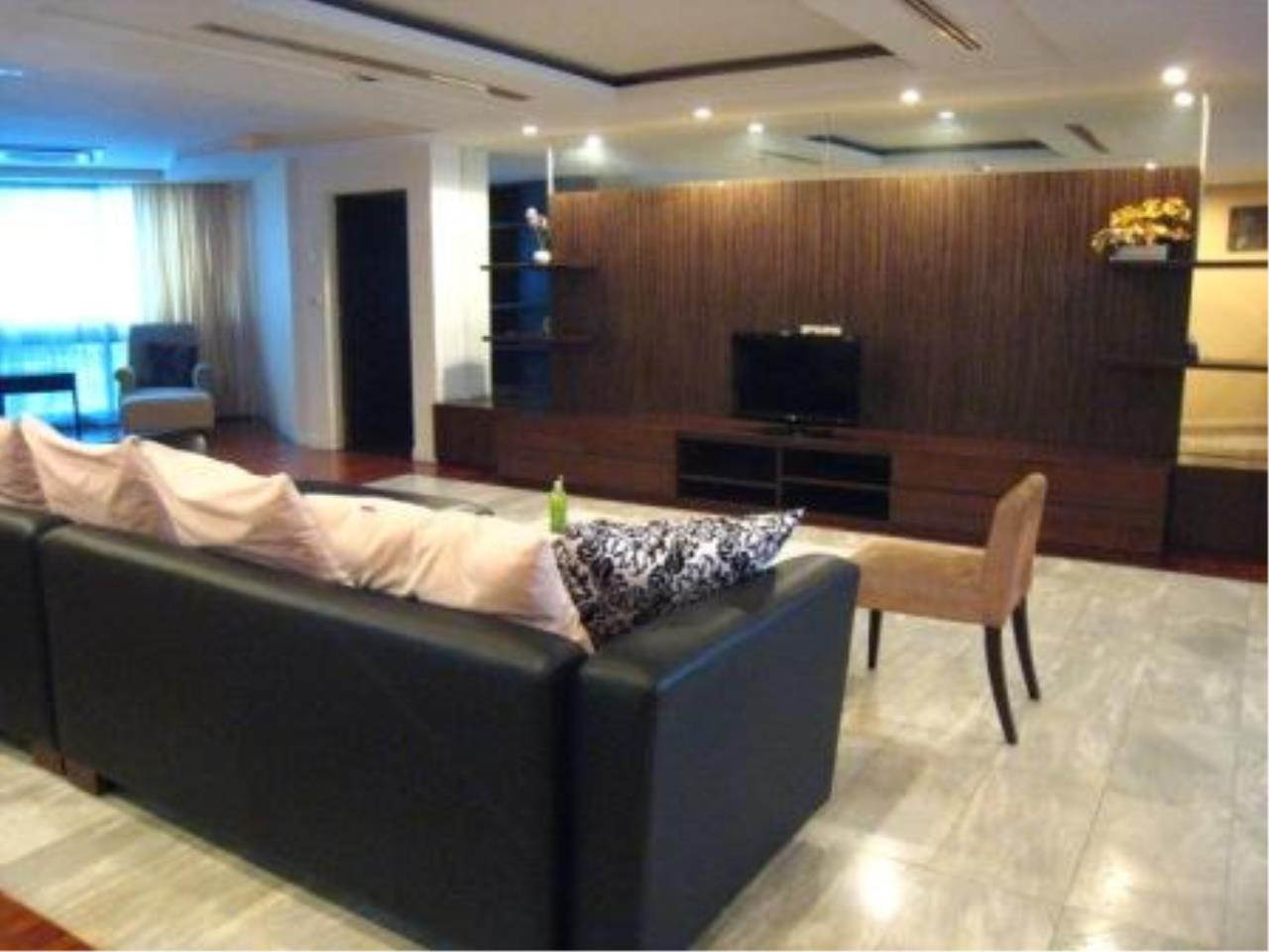 BKK Condos Agency's Beautiful 3 bedroom condo for rent at President Park 12