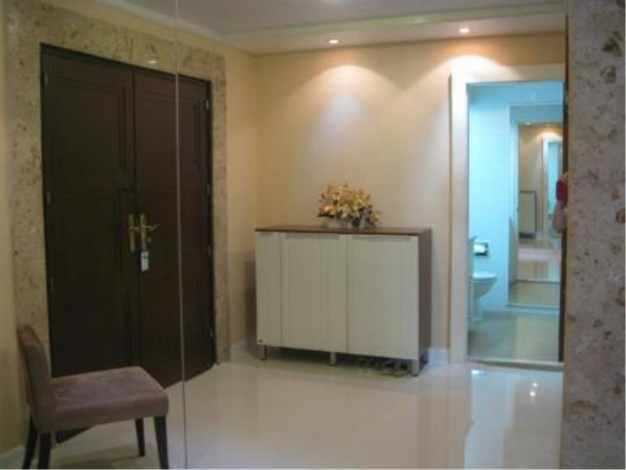 BKK Condos Agency's Beautiful 3 bedroom condo for rent at President Park 1