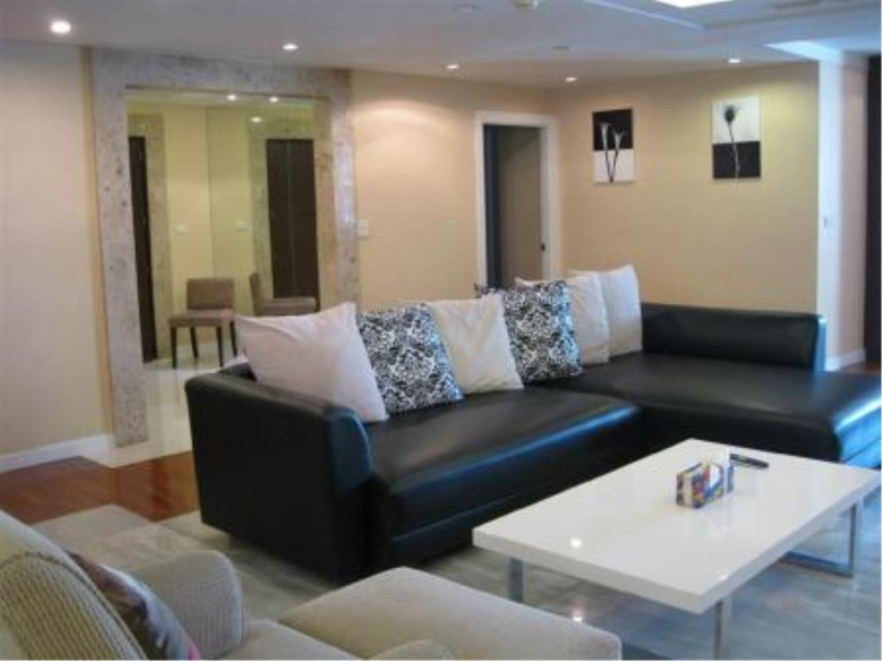 BKK Condos Agency's Beautiful 3 bedroom condo for rent at President Park 9