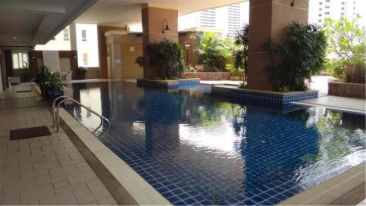BKK Condos Agency's Three bedroom condo for sale at Sukhumvit City Resort 14