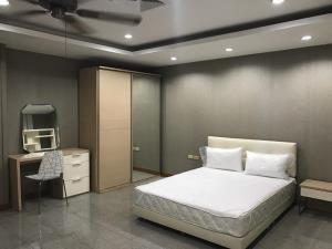 BKK Condos Agency's 1 bedroom condo for rent at S.S. Surindra Residence  5