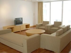 BKK Condos Agency's 3 and 4 bedroom Apartments for rent at Ekkamai Gardens 5
