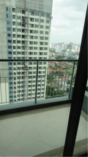 BKK Condos Agency's 1 bedroom condo for sale with tenant at Villa Asok 7