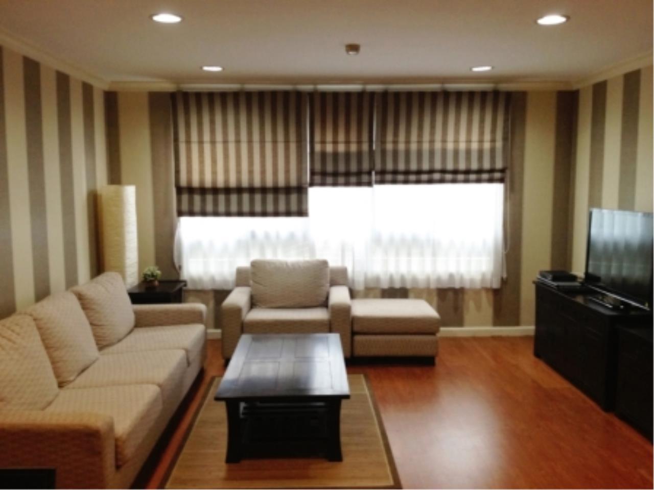 BKK Condos Agency's 2 bedroom condo for rent at Lumpini Suites Sukhumvit 41   6