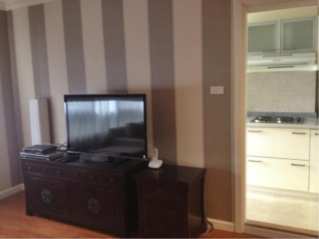 BKK Condos Agency's 2 bedroom condo for rent at Lumpini Suites Sukhumvit 41   1