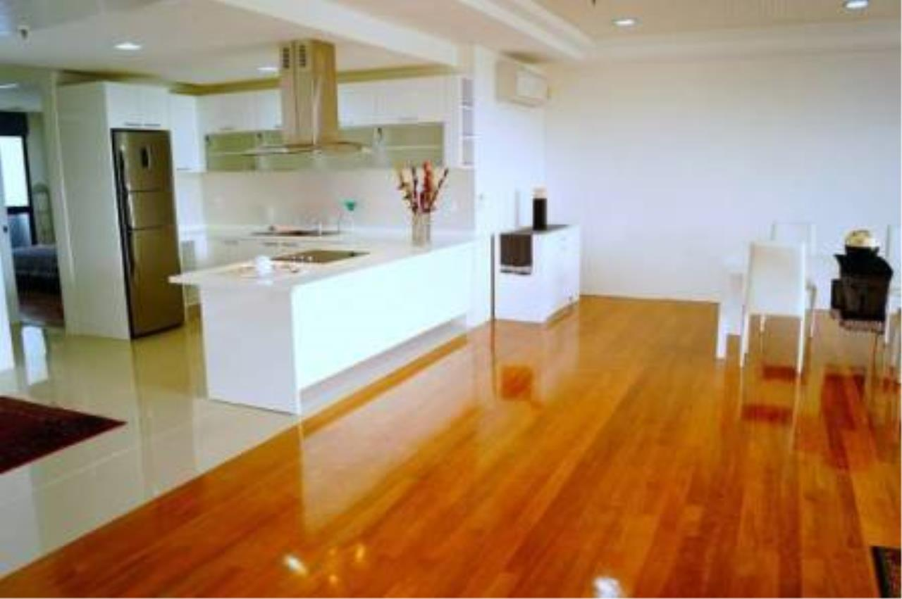 BKK Condos Agency's 3 bedroom condo for rent at Polo Park Condominium 4
