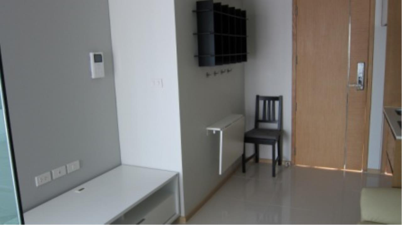 BKK Condos Agency's 1 bedroom condo for sale and for rent at Socio Ruamrudee 8