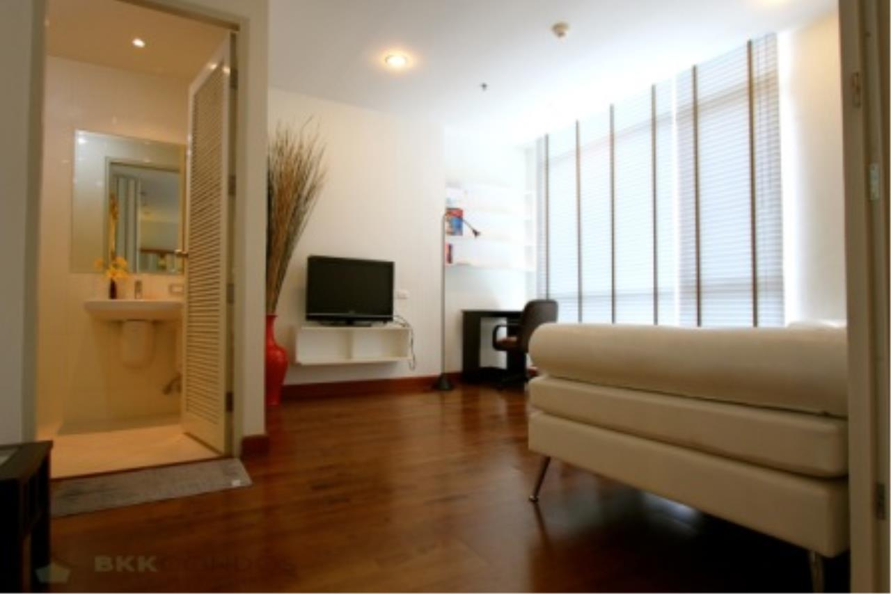 BKK Condos Agency's Classically modern 2+1 duplex condo for sale or rent at Master Centrium 14