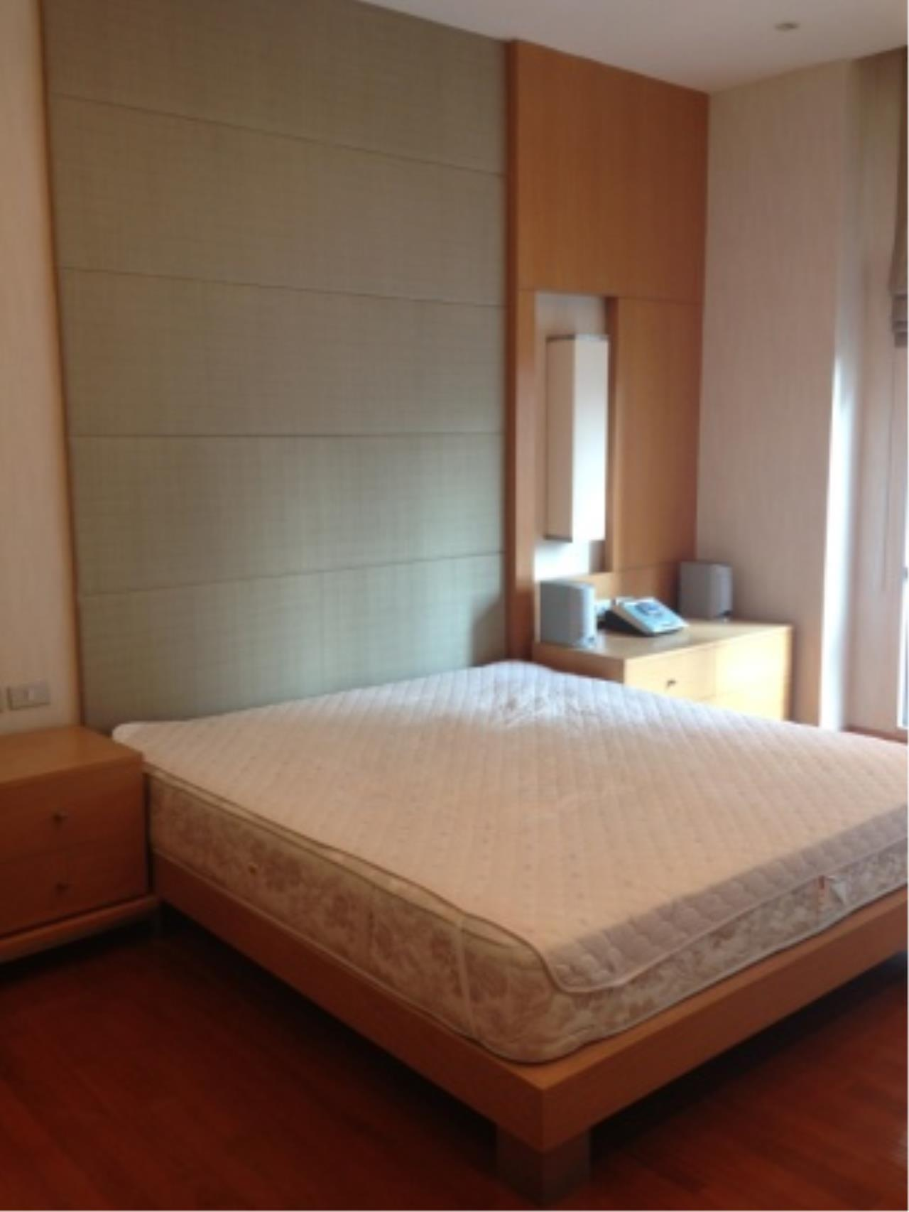 BKK Condos Agency's Nice 2 bedroom condo for rent at Grand Langsuan  2