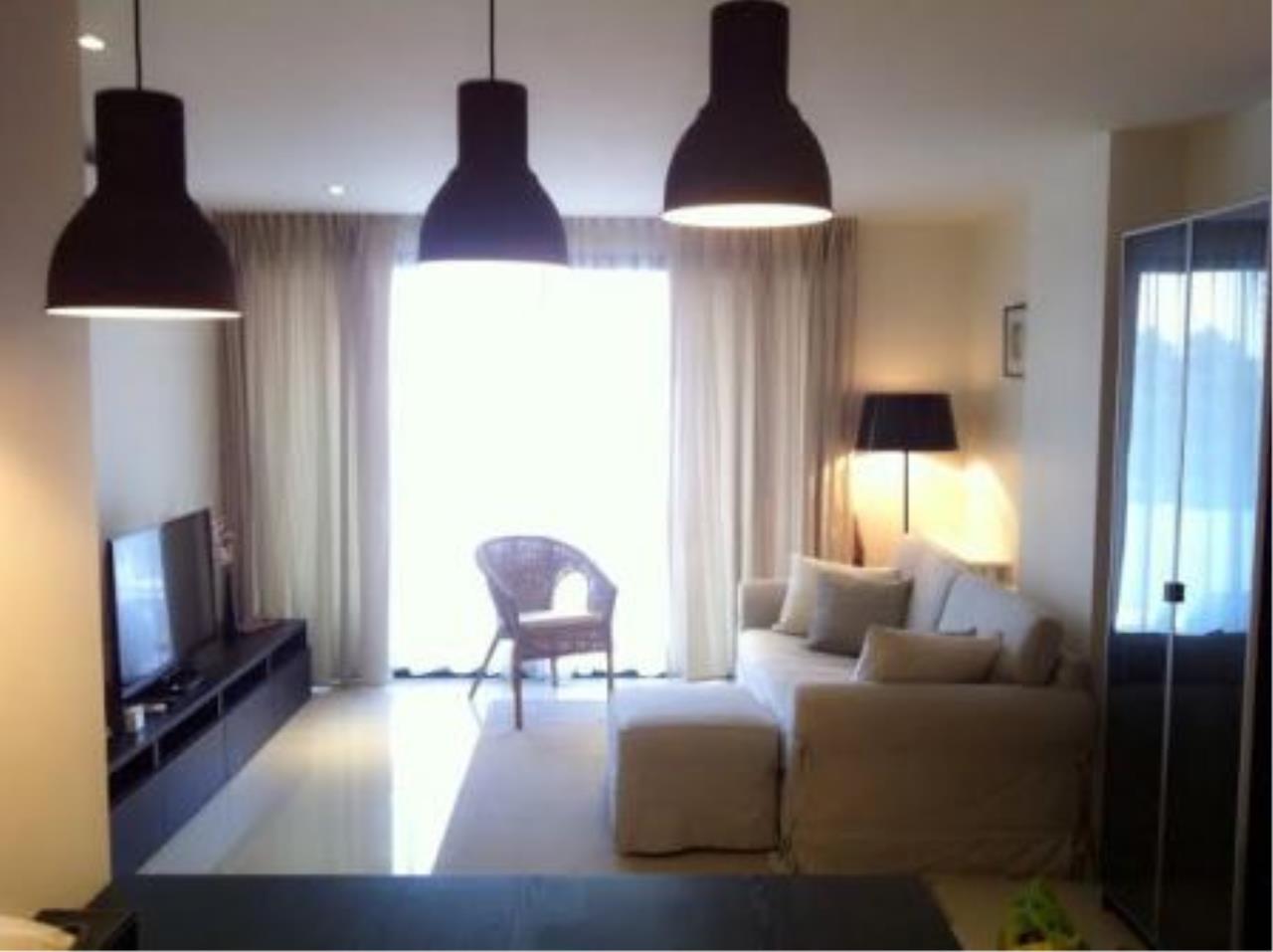 BKK Condos Agency's Corner unit two bedroom condo for rent at Socio reference 61  3