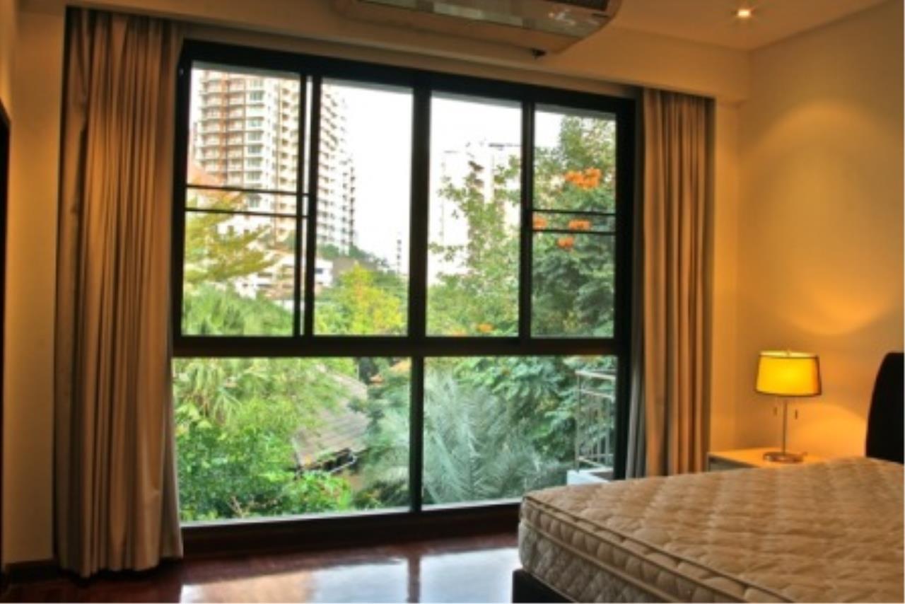 BKK Condos Agency's Cozy 3 bedroom condo for rent at Sukhumvit 24 Home  2